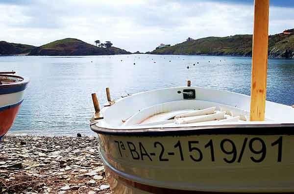 Playas y calas para este verano en la Costa Brava. Cadaqués, Lloret de Mar, San Antoni de Calonge,…