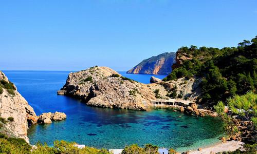 Disfrute del verano en el Mediterráneo a bordo del Costa Favolosa