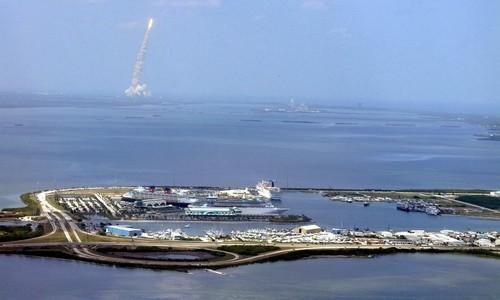 4 noches desde Miami navegando en el MSC Divina
