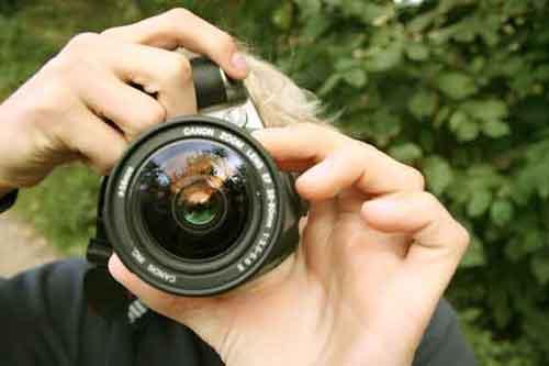 Una cámara de fotos, accesorio imprescindible en nuestras vacaciones y escapadas