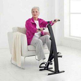 Hacer ejercicio sin salir de casa. Pedaleador de piernas y brazos Dual Bike
