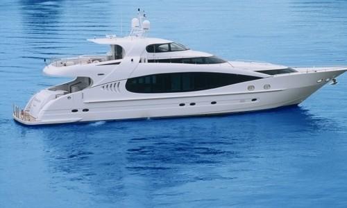 Conozca el lujo a bordo del yate Kaiserwerft Baron 102